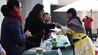Se gradúa primera generación de maestras y maestros de lenguas indígenas en la Ciudad de México